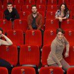 Foto de familia en las butacas del Teatro